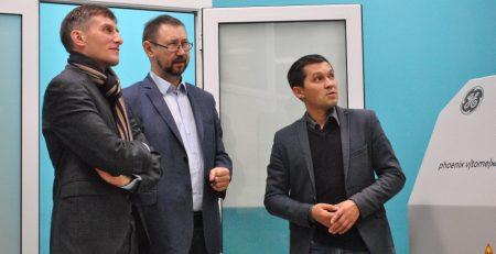 Руководитель Центра компетенций импортозамещения Министерства энергетики РФ ознакомился с возможностями КФУ